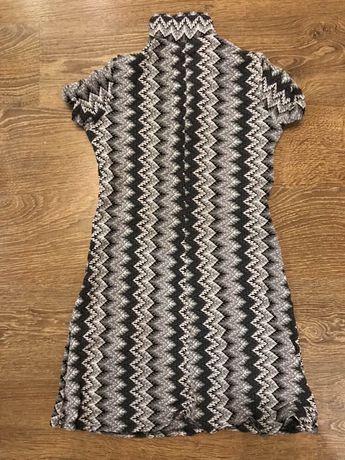 Платье короткое, сеточкой