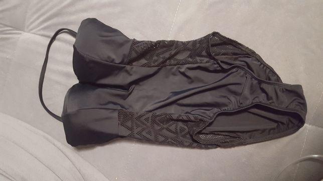 strój kąpielowy ażurowy po bokach
