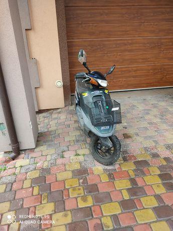 Продам скутер Хонда такт в робочому стані