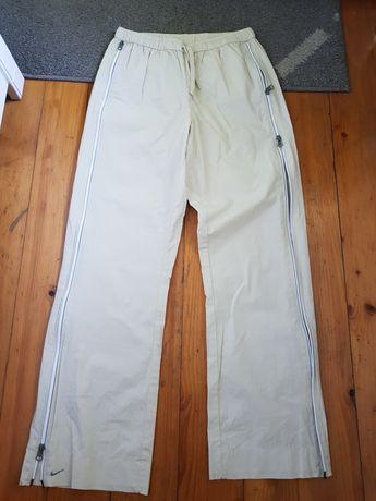 Spodnie firmy Nike roz Z metki S ale to M/L