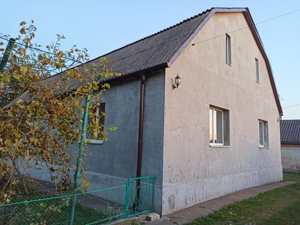 Цегляний будинок зі зручностями та комунікаціями, Білобережжя