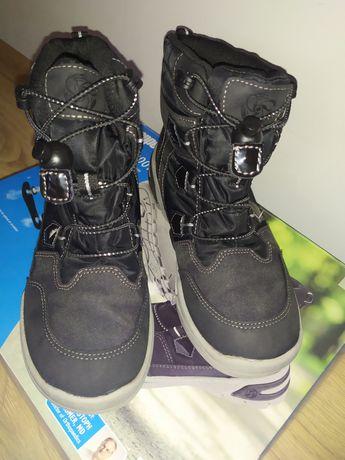 Buty chłopięce wodoodporne
