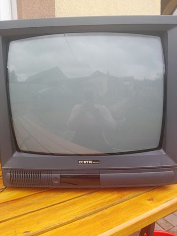 Telewizor Curtis 20 cali