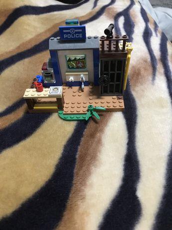 Lego Junior (4+)