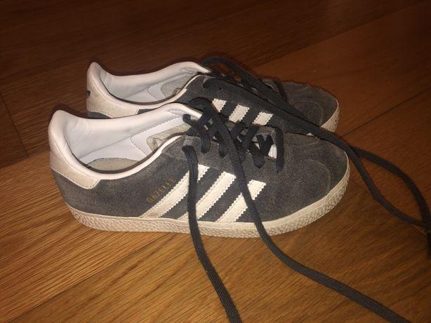 Sapatilhas Adidas Gazelle para criança