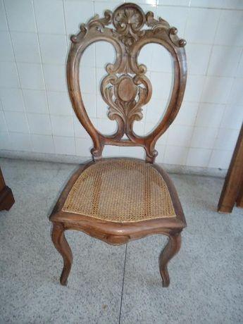 Seis Cadeiras Antigas em Pau Santo (oportunidade)
