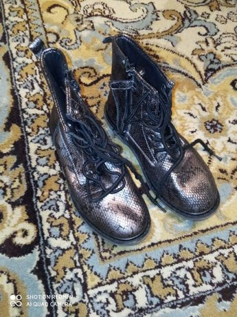 Черевики ботинки туфли