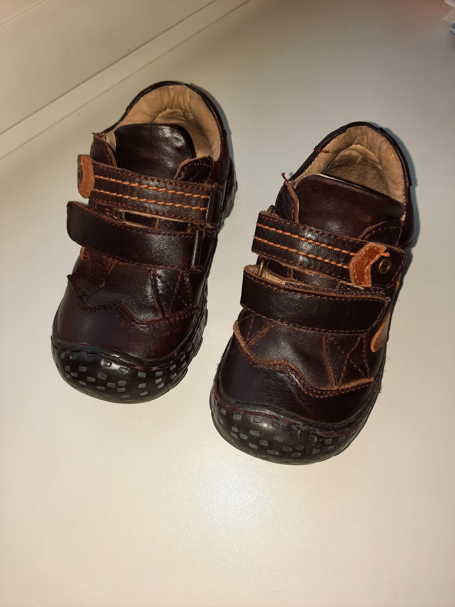 Дитячі шкіряні ботинки