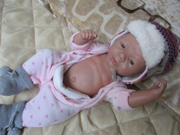 Bebe Reborn corpo inteiro – anatomicamente uma menina
