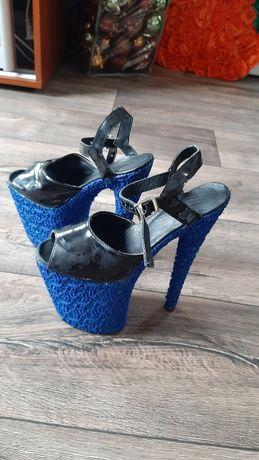 Стрипы туфли для танцев тройка