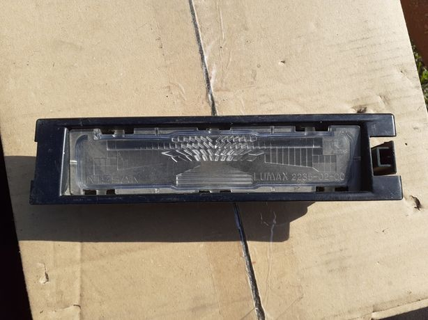 Oświetlenie tablicy rejestracyjnej Nissan Micra K13