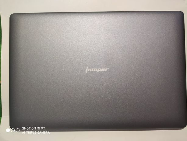 Ноутбук Jumper EZbook X3