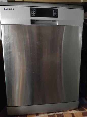 Maquina lavar loiça inox Samsung com pouco uso