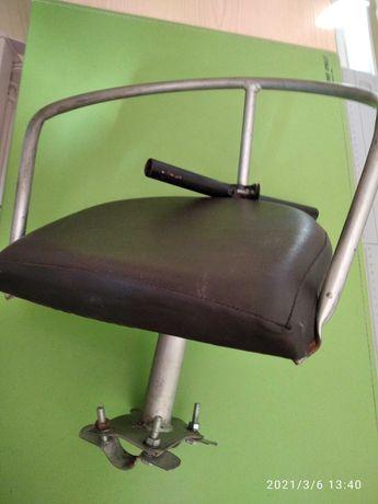 Дитяче крісло на велосипед з жіночою рамою