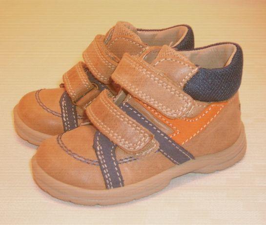 Детские ботиночки из натуральной кожи