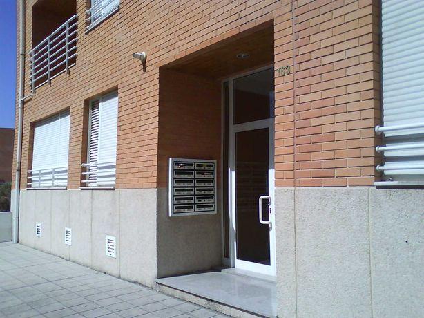 T1+1 k Equipado e Mobilado/lugar de garagem Hospital S. João