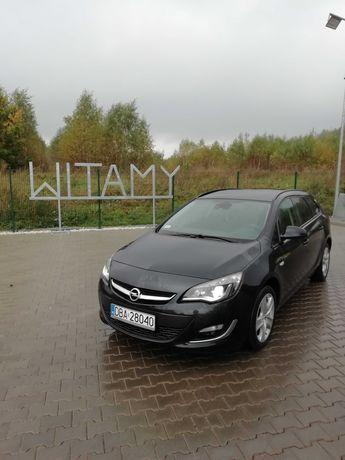 Opel Astra j 2012/2013