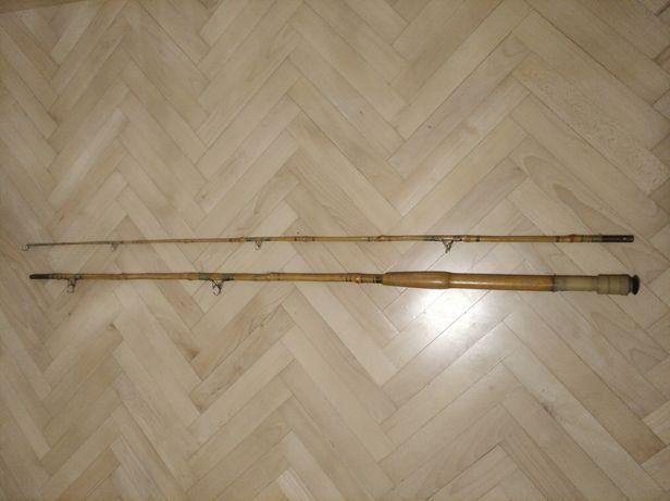 Zabytkowa wędka bambusowa