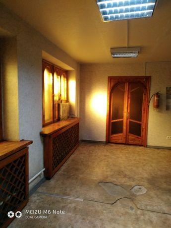 Сдается нежилое помещение 82кв.м в центре города,в р-не таксопарка