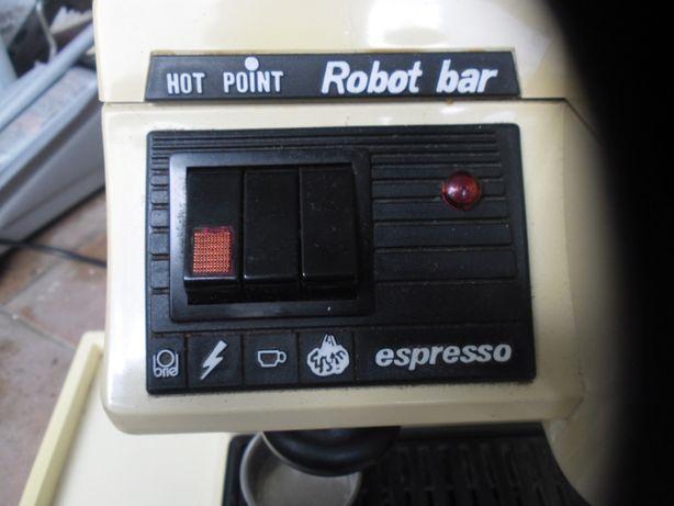 máquina de café no briel doméstica,funciona em pleno,(desocupar).
