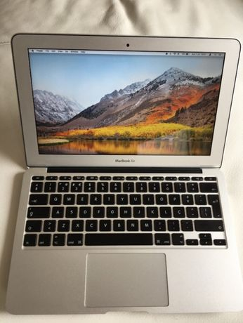 MacMook Air 11''