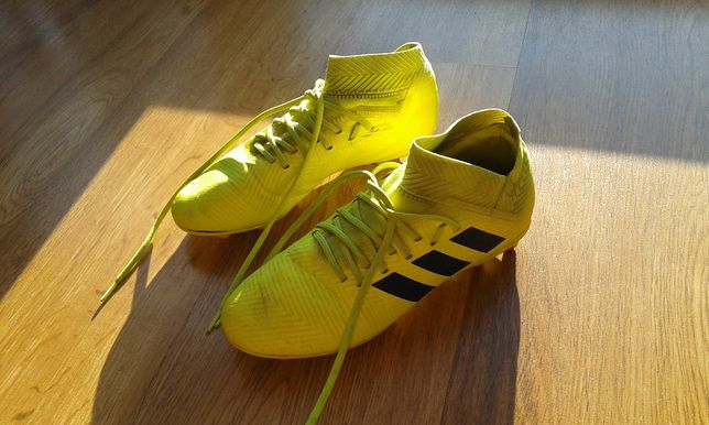 Buty piłkarskie korki Adidas Nemeziz