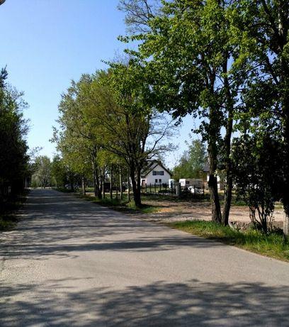 Błonie-Cholewy, 900m2 budowlana, GAZ, woda, prąd, droga asfaltowa
