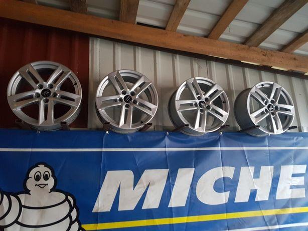 Felgi Aluminiowe Audi A4 B8 R17 5x112 ET42 -7J