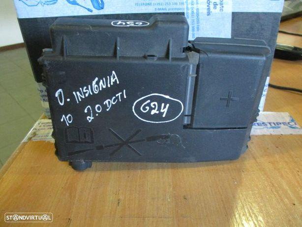 Caixa fusiveis 525230582 OPEL / INSIGNIA / 2010 / 2.0DCTI /