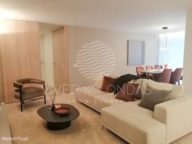Apartamento T1 Novo com garagem Box para 2 viaturas, em R...