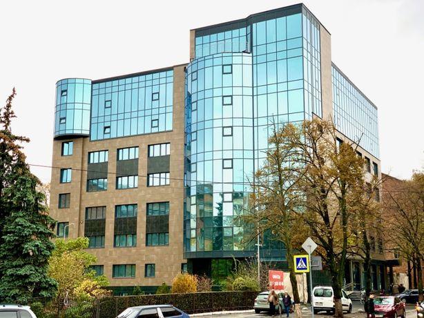 "Продажа офисного блока 150м2 в БЦ ""Rotunda Hall"""
