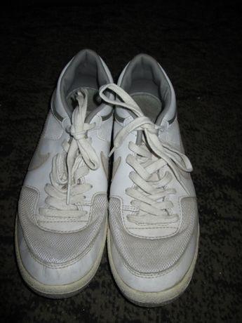 Кроссовки Nike, р.40, 26 cм