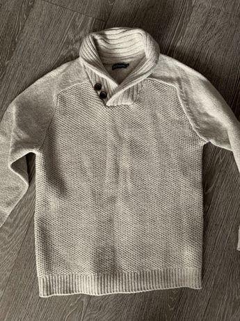 Ciepły beżowy sweter rozmiar 140-146