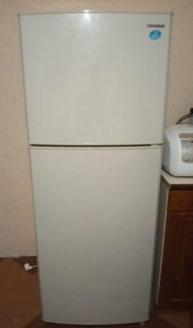 Холодильник с морозильной камерой Samsung