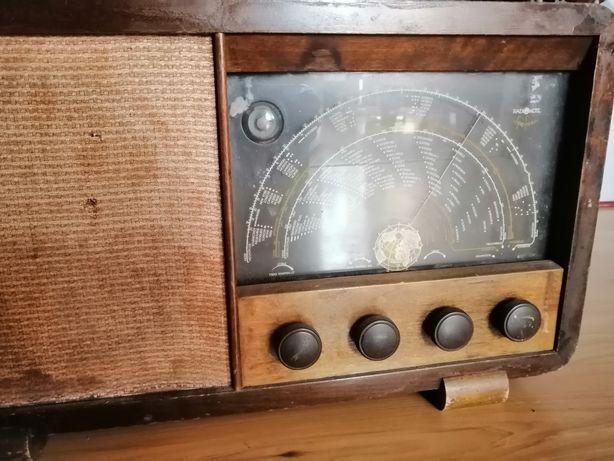 Stare radio zabytek