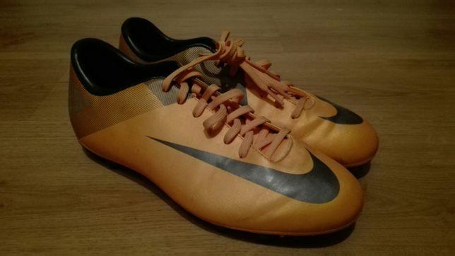 Botas Nike relvado sintético