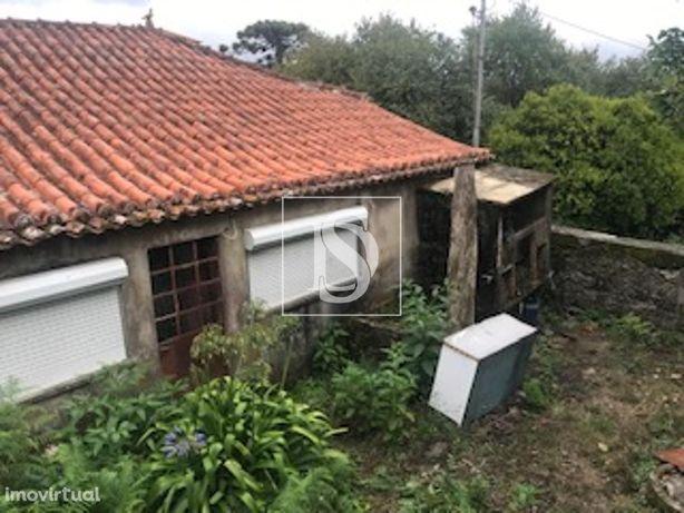 Casa Para restaurar em Riba de Ancora