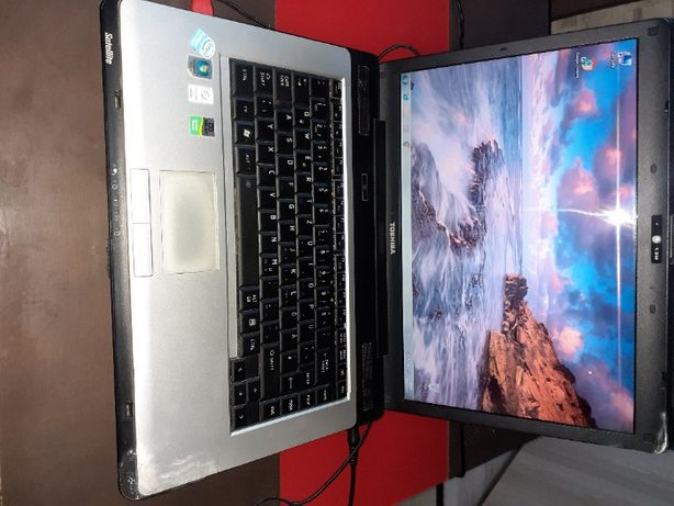 Laptop Toschiba Satelite