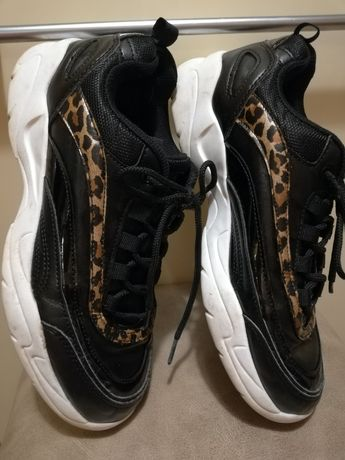 Adidasy, buty sportowe, kolor czarny +panterka