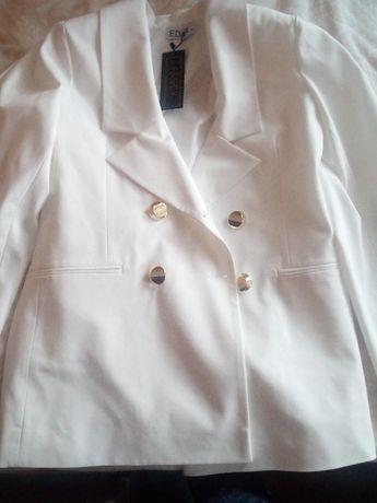Marynarka biała nowa