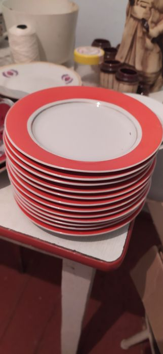 Продам тарелки десертные Киев - изображение 1