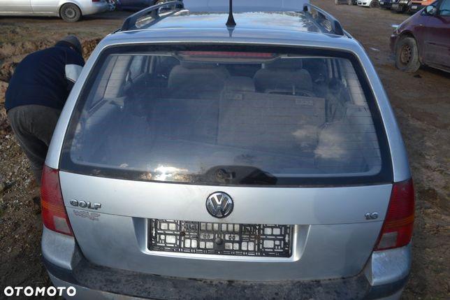 VW GOLF IV KOMBI kod lakieru LA7W  tylna prawa lampa lampa tył prawa