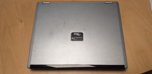 FUJITSU S7010D laptop 14 cali Pentium M