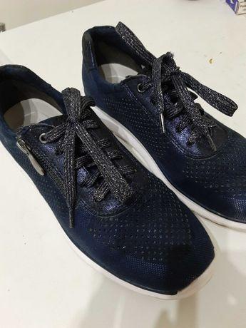Adidas trampki sneakersy  marco tozzi 40