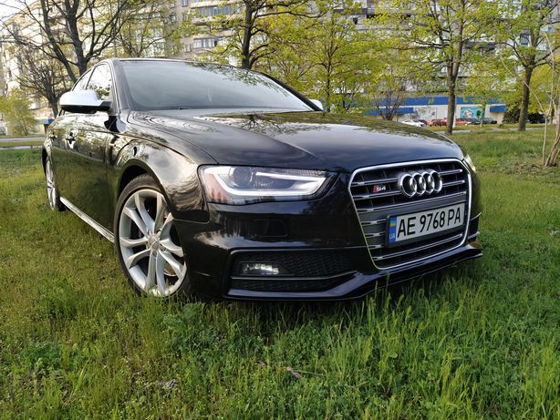 Срочно торг Audi S4, prestige black edition.