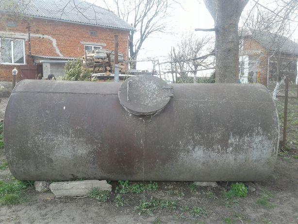 Цистерна 3 кубометра.