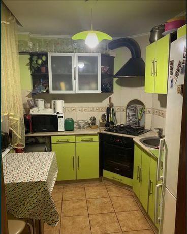 Продам трехкомнатную квартиру на ХТЗ