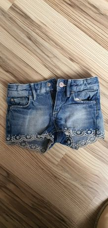 Szorty krótkie spodenki jeansowe h&m r.104