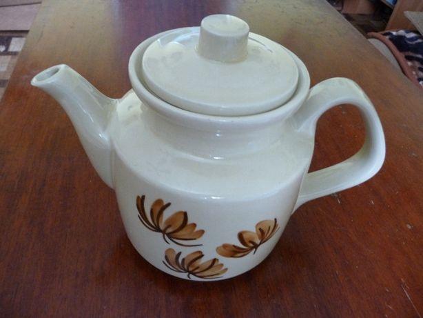 Zabytkowy dzbanek ceramiczny firmy Topaz.