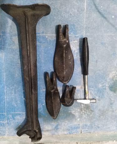 Сапожная лапа наборе с молотком